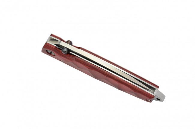 Mcusta MC-78D Damascus steel blade and stamina wood handle